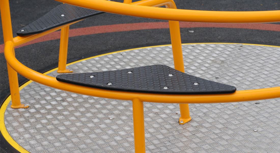 Spinmee inclusive roundabout